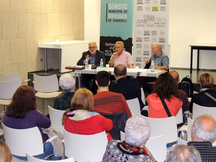"""La renda social bàsica ha centrat aquesta tarda la segona xerrada del cicle """"…I els Drets Socials?"""" organitzat pel Síndic de Sabadell"""