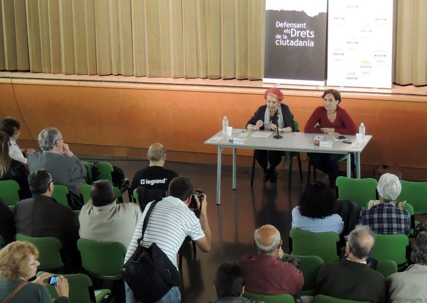 """Ada Colau: """"deixar una família al carrer  és la vulneració de Drets més important  que pot patir una persona"""""""